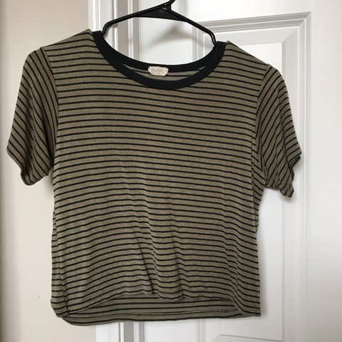 015ab56564 brandy melville green and black striped shirt #stripes - Depop