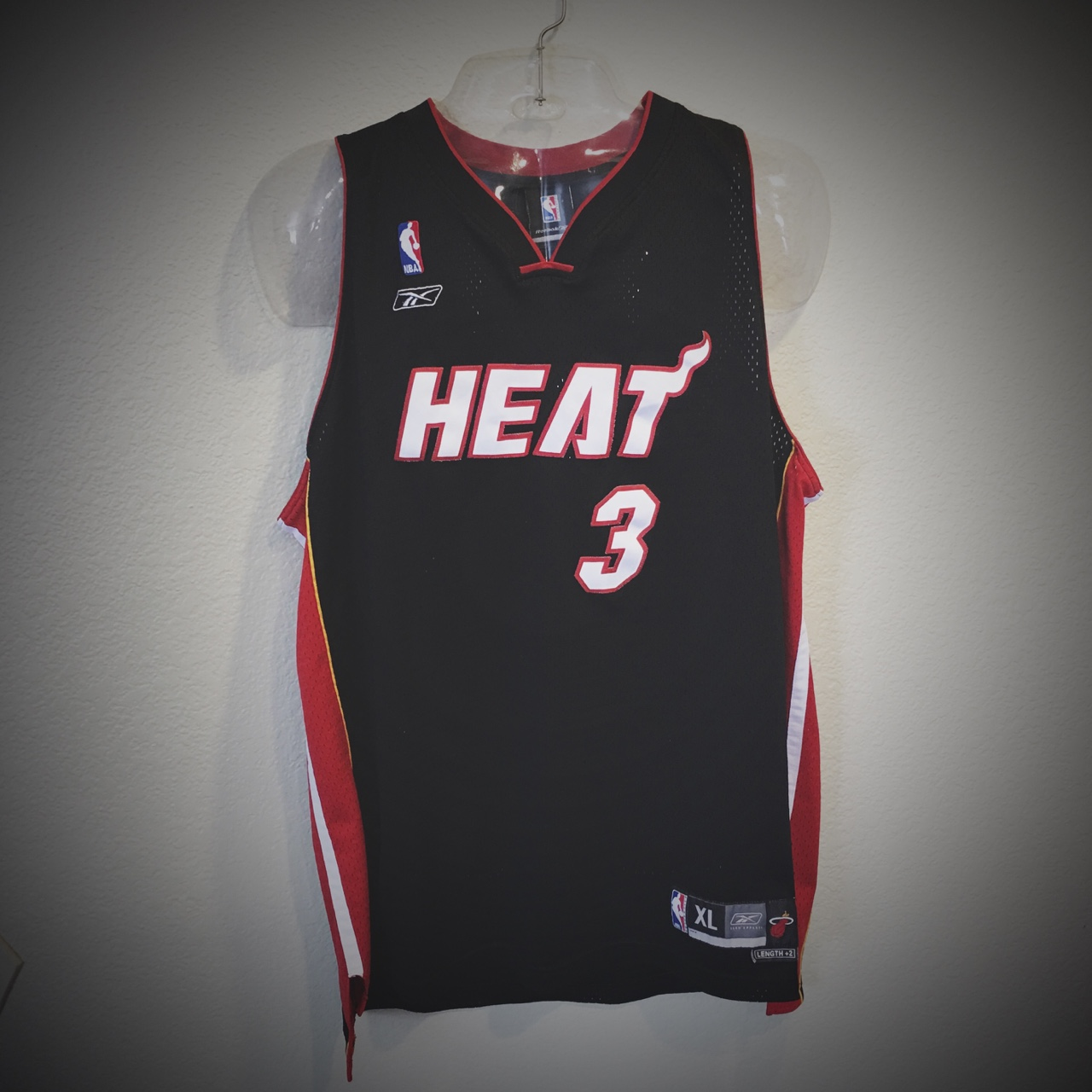 the best attitude 74c8d 2e223 Miami Heat Vintage Dwyane Wade Reebok Swingman NBA ...