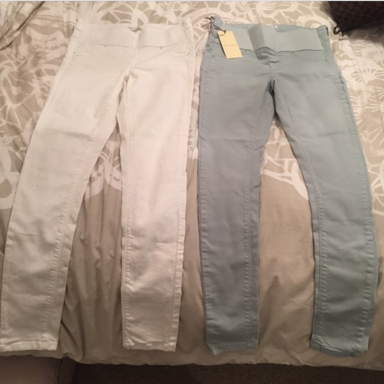 d3723e580df53b 2 pairs of mamas and papas maternity under bump jeans. Been - Depop