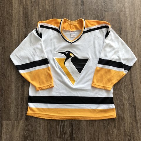 4c43e260ef0 @paccbet. 3 months ago. Kalamazoo, United States. Vintage 90's Pittsburgh  Penguins NHL Pro Hockey CCM Jersey Red Wings Dirty Bird Size L ...