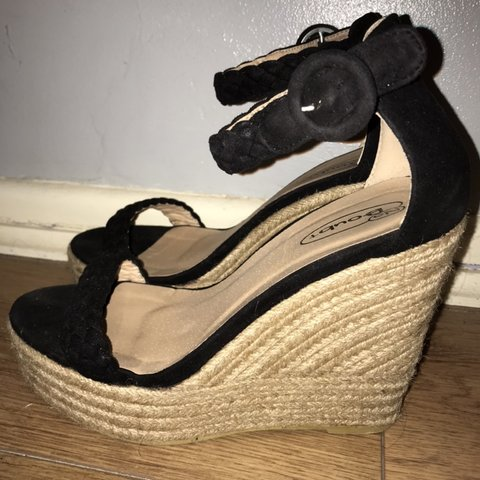 7b395796f Black suede espadrille wedges size 6 ✨ Beaut shoes only oh - Depop