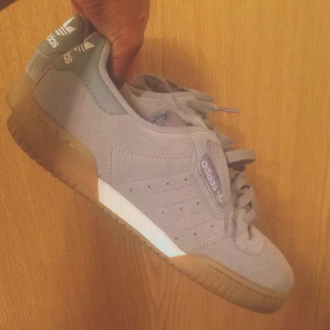 28695a4d8 Selling - Adidas Powerphase OG trainers (dead stock) very   - Depop
