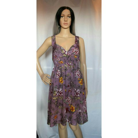 b470d25f07dc Purple floral H&M spring time dress This dress is in like a - Depop
