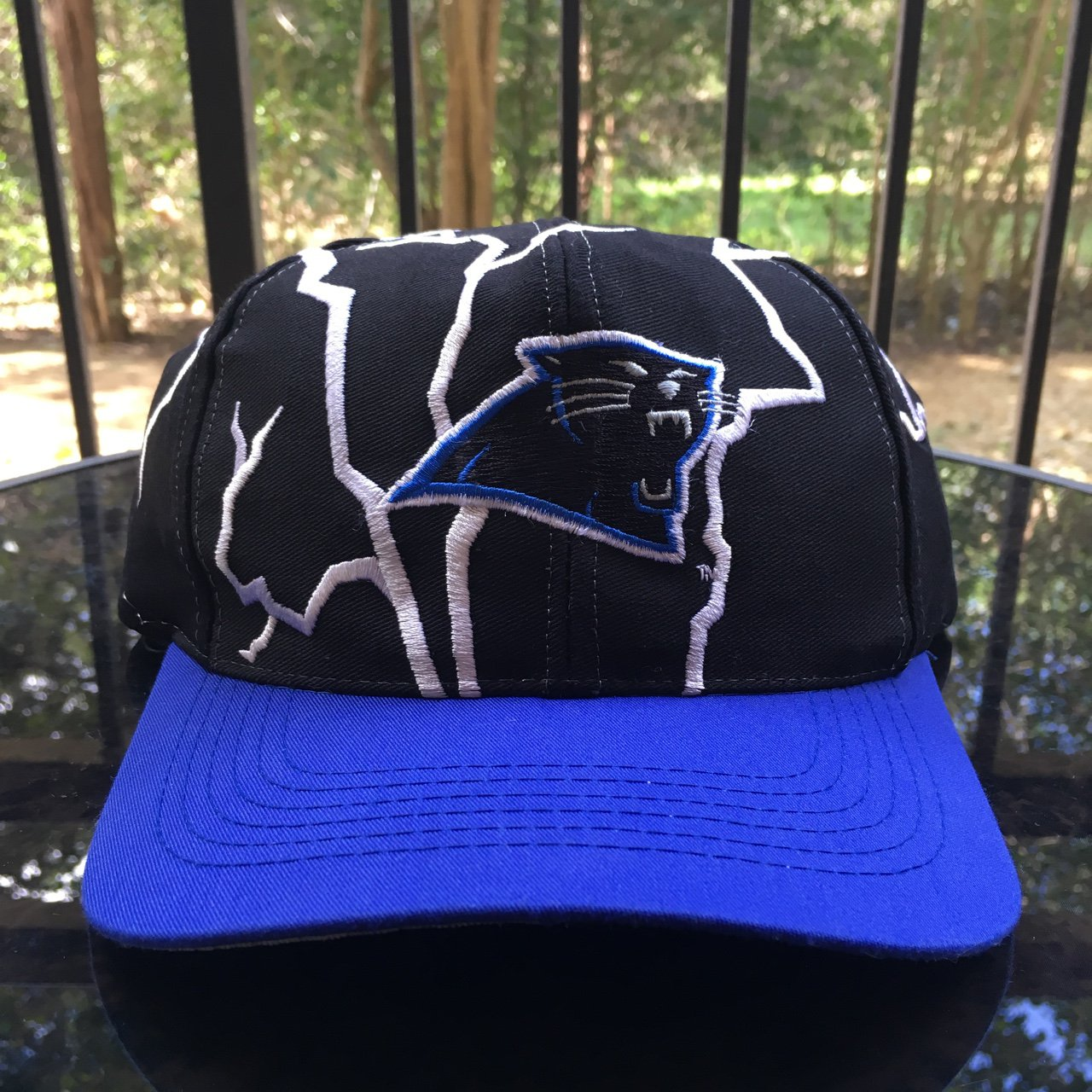 da8edda994b Vintage 90s NFL carolina panthers SnapBack Super dope all - Depop