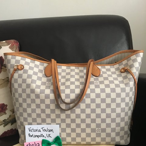 34cb142ddb2d Here is my gorgeous Louis Vuitton GM Neverfull in Damier is - Depop