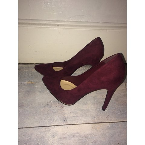 2a7eb57ce99 Listed on Depop by saffyt