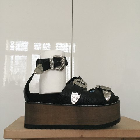 dcd68ff282e RAID Redford Black Western Flatform Sandals From ASOS NEW - Depop