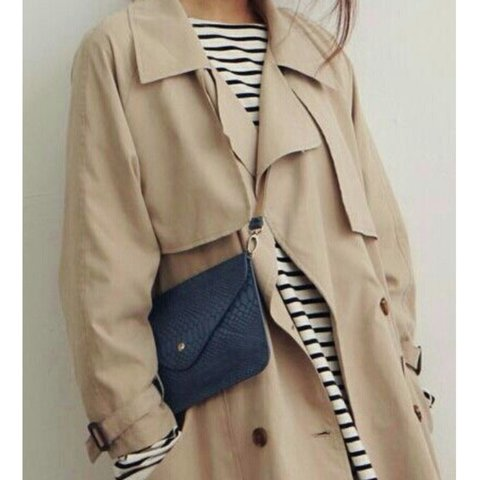 9b6d5f45 @oyster33. 3 years ago. United Kingdom. Zara basic trench coat / mac.  Skater style with tortoiseshell buttons. Size Medium but would fit 8-12  depending ...