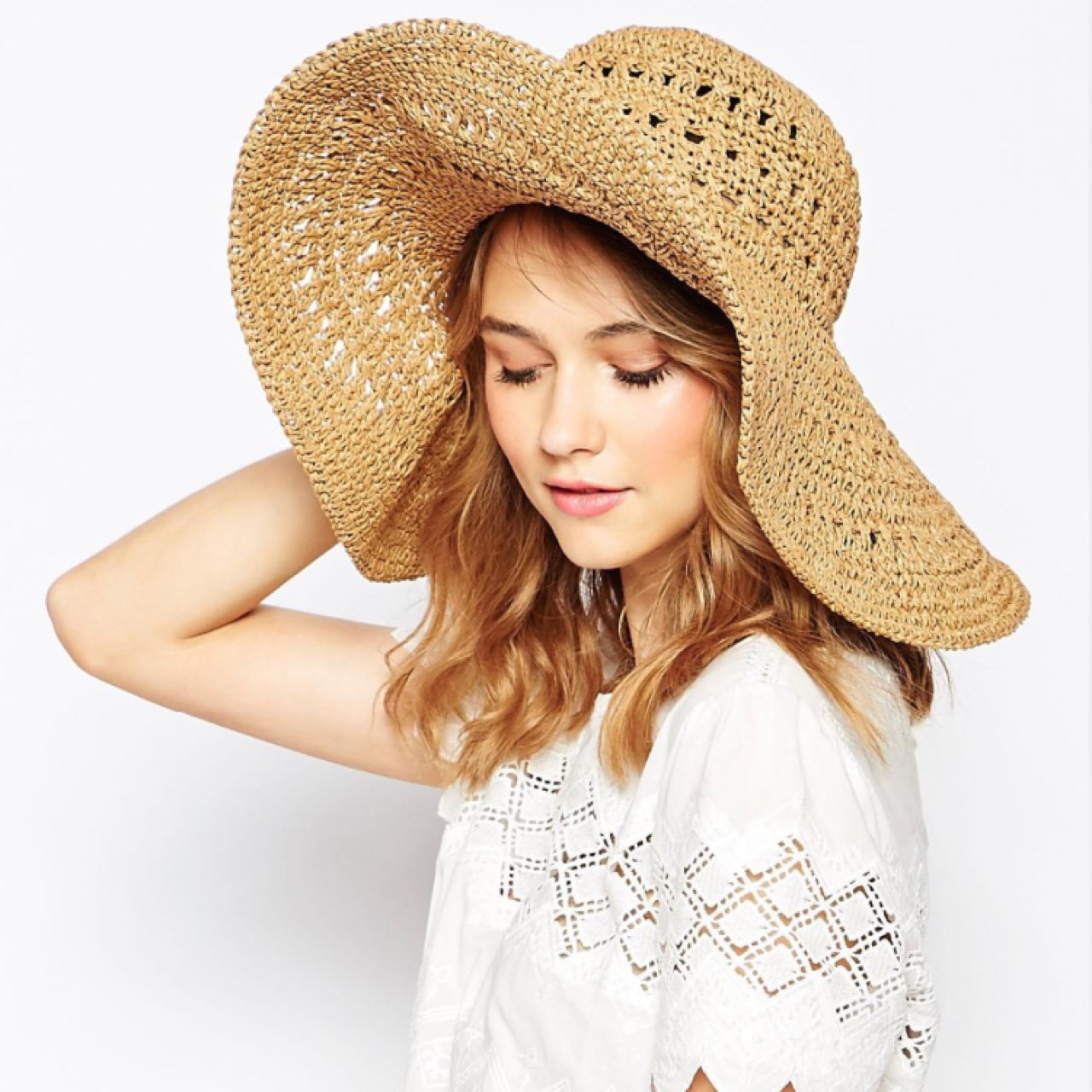 French connection floppy hat. Perfect for sunny holidays or - Depop cdb6988d922