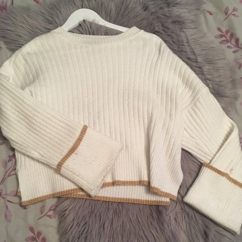 bfdaa849a3ed14 @nicolemariee. 4 months ago. Halstead, United Kingdom. Topshop batwinged  ribbed knit jumper. So soft and beautifully thick.