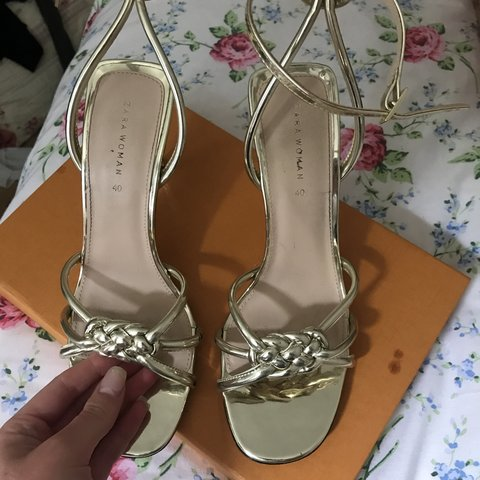 f2a92e834ec SIZE 7 Zara gold heels. Worn once in perfect condition - Depop