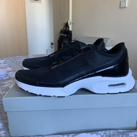 1696656061 @caitsmonteith. 25 days ago. Edinburgh, United Kingdom. Women's Nike Air  Max Jewel UK 5.5 £27 with postage