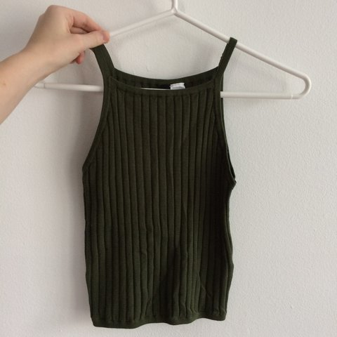 21c7ec7d23fbb8 H M forest green ribbed tank top crop top size XS - Depop