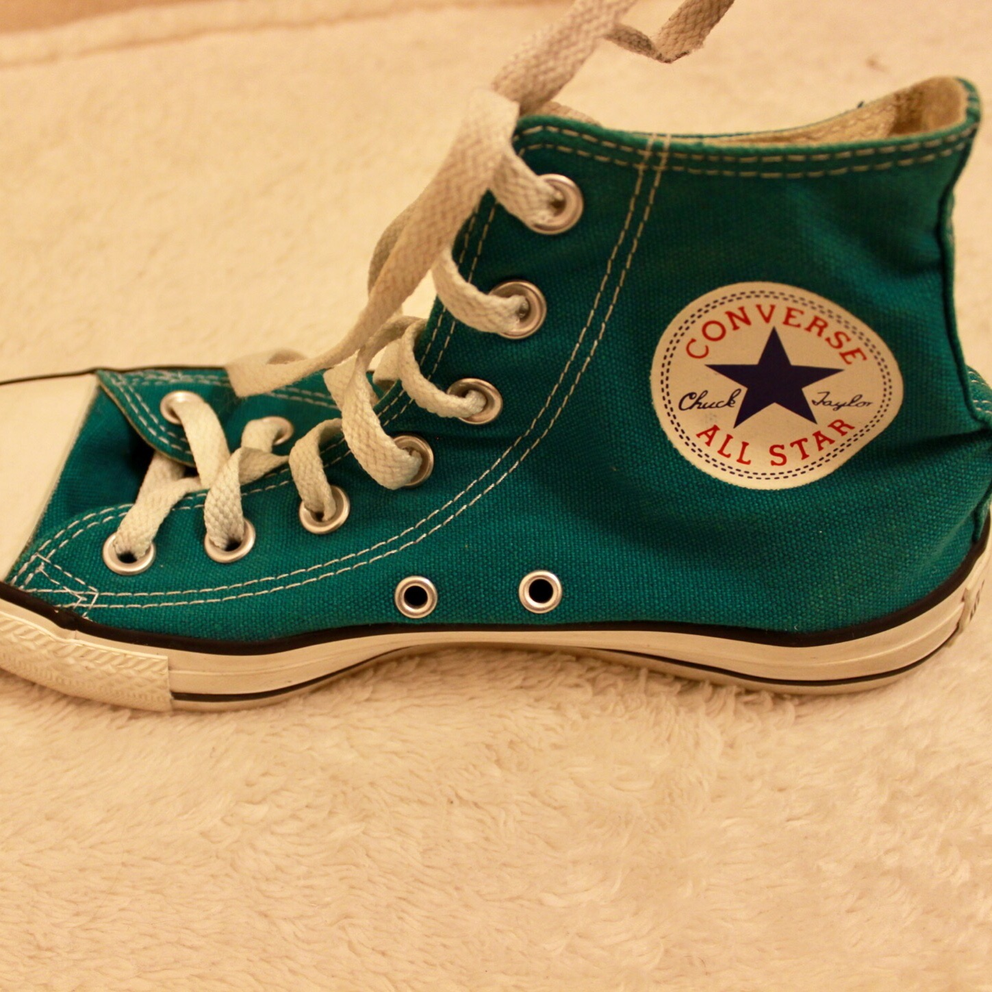 f0fd9a1ecaf Green Hightop Converse Really Good Condition! Size  7 5 - Depop