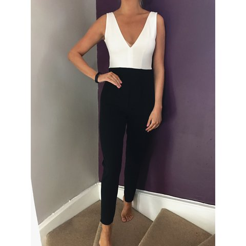 aafba574a357 Quiz Black   White Jumpsuit Size 8 Bought for £32.99 Perfect - Depop