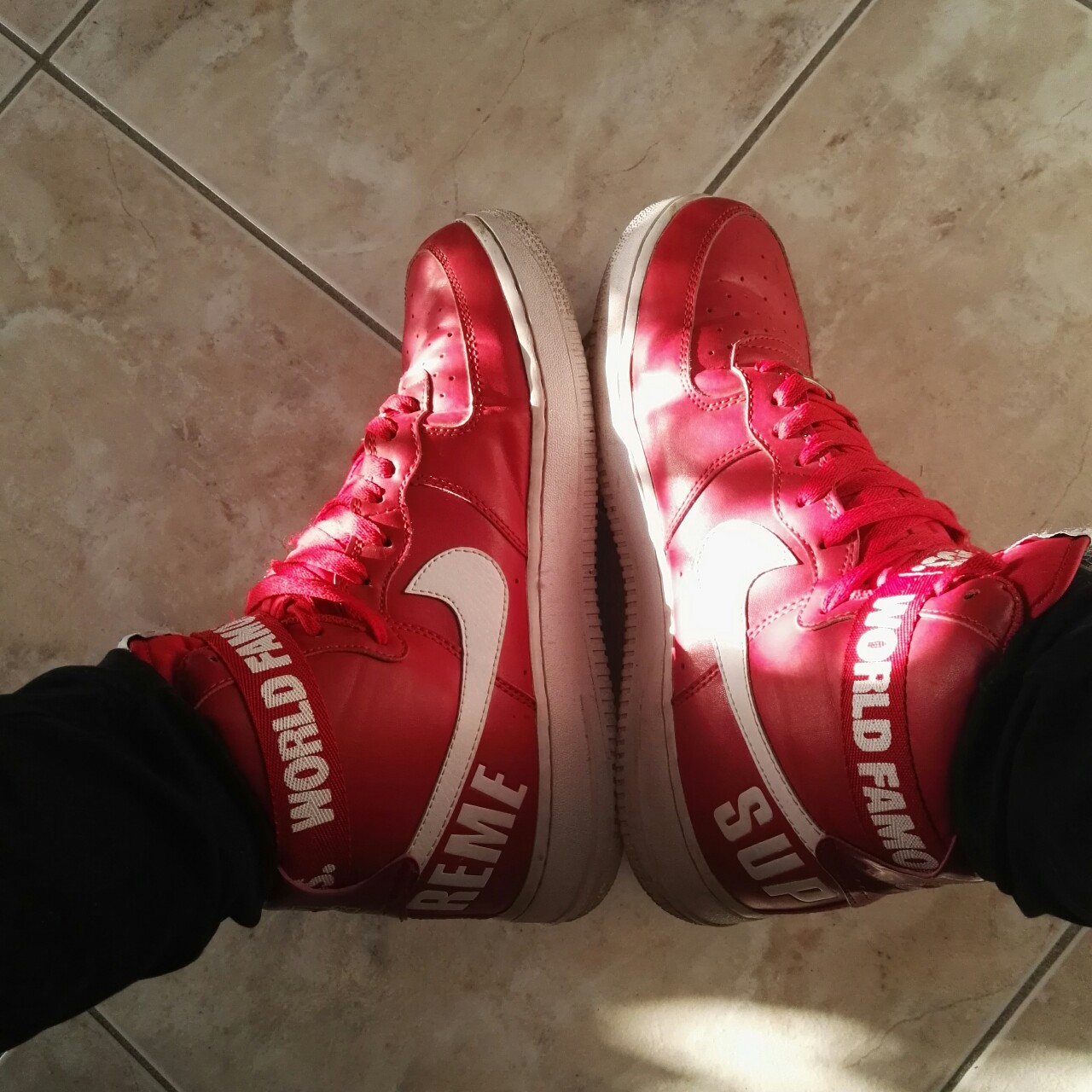 Nike Air Force 1 x Supreme usate, come nuove, solo Depop