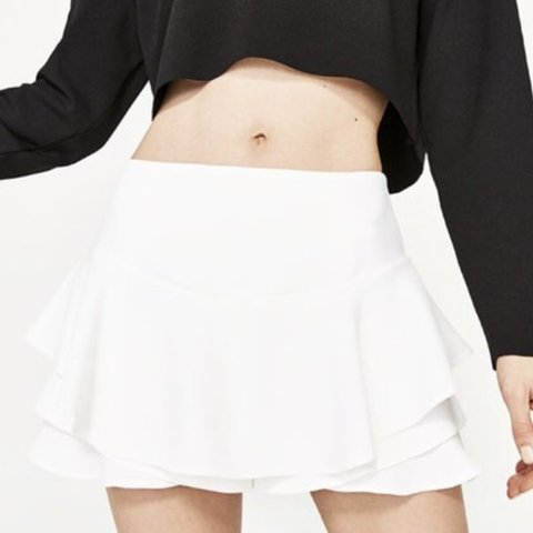 4ed1495c2c @danielleeeee. 4 months ago. Slough, United Kingdom. Selling the original  white Zara frill ruffle skort XS Never been worn and still has the tags.