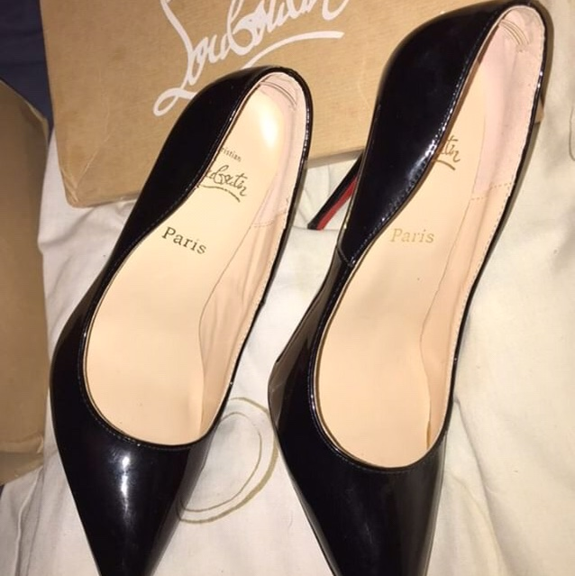 buy online 36a8c 16957 Christian Louboutins, classic black and red heel.... - Depop