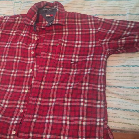 046ebf30 @myarenteria. 3 years ago. Huntington Beach, CA, USA. PRICE REDUCTION Men's  size large Tommy Hilfiger Red ...