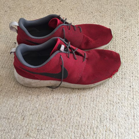 68499ab8f516 Red Nike Roshe run - 6 10 condition fabric wear shown in - Depop