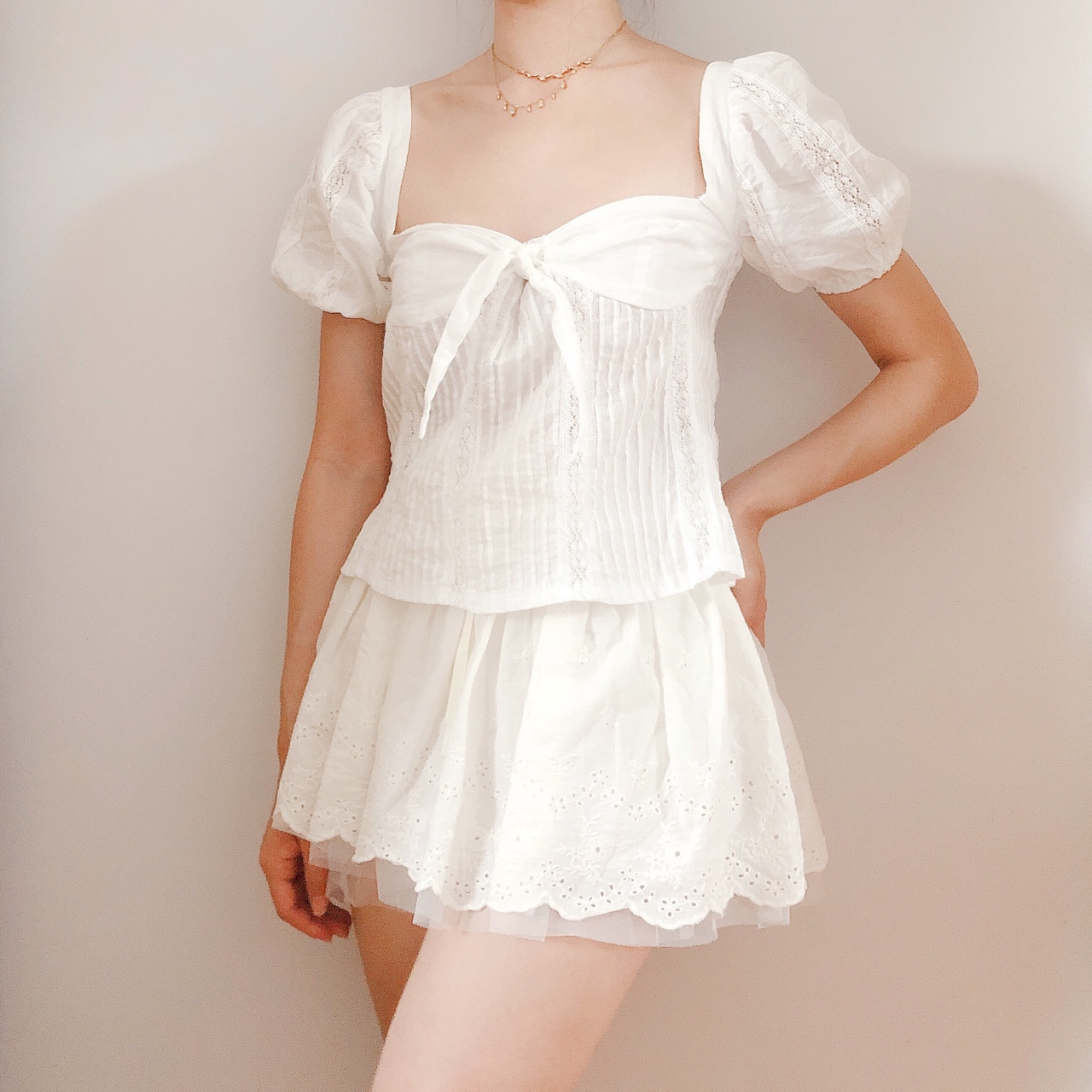 White Lace Sweetheart Blouse ♡ Puff sleeves and tie