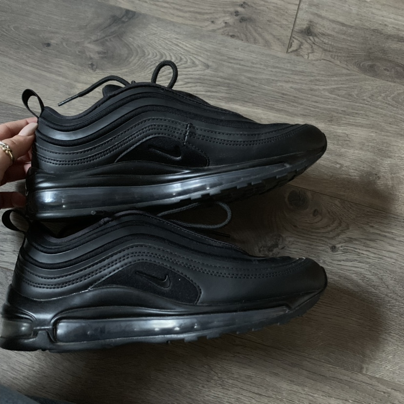 Nike air max 97 black. Women's size 6. Bought off of Depop