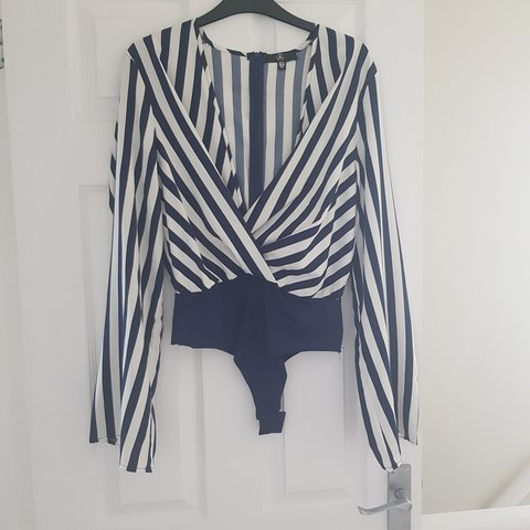 1fff14565c2f0 Navy and white striped missguided body with front knot and - Depop