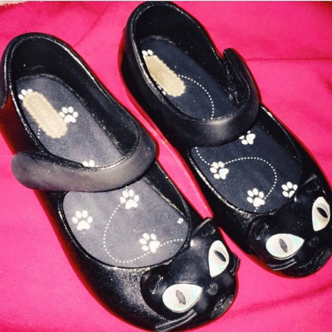 432d483bfadb KIDS MINI MELISSA SHOES SIZE 10! EXCELLENT CONDITION MINI - Depop