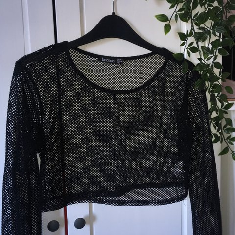 9bf6486df4 ⛓ cropped fishnet long sleeve top ⛓ worn but still in good - Depop