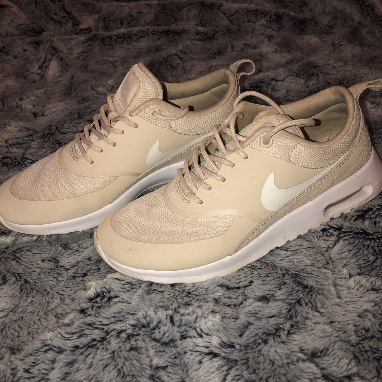 Nike air max Thea trainers Nude Size 4
