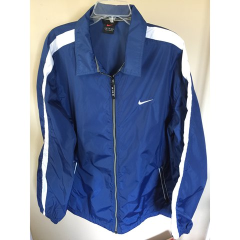 5a28ee3911ca Vintage Nike Windbreaker Jacket✓ Size  XL   Colors  Navy   - Depop