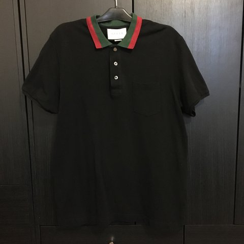 a889fc62b99 Gucci Black pocket polo shirt Classic red and green collar - Depop