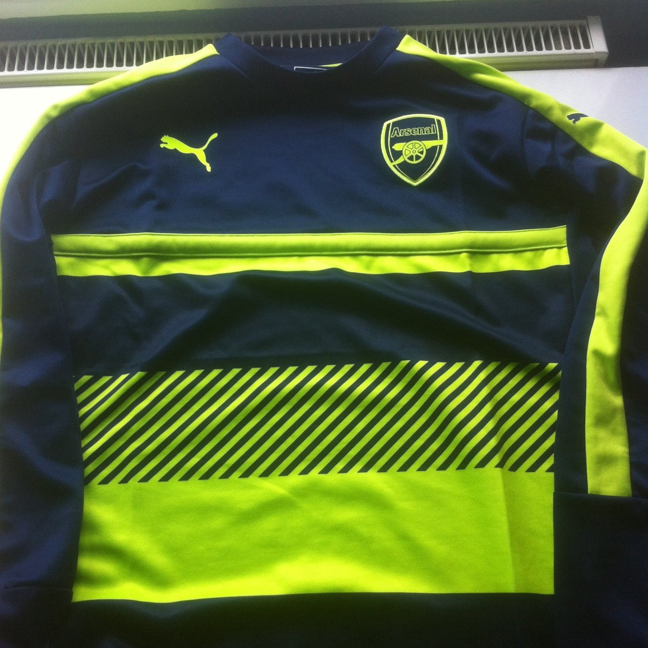 brand new 23edd 62d95 New 2016/2017 Arsenal 3rd kit training sweatshirt.... - Depop