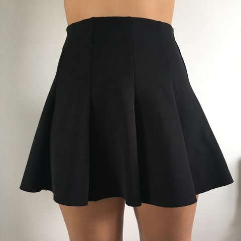 39dcad2a4f @saaskiaa. 2 years ago. Reading, United Kingdom. Topshop mini skirt size 8  petite section ...
