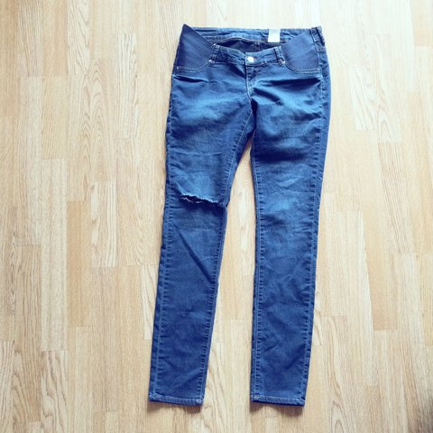 866af6de4ffd7 @lanthanum89. 2 years ago. Reading, United Kingdom. Maternity jeans from H&M  Mama. Size 12 / EUR 40
