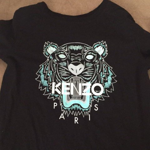 a0c5fc0f Kenzo tshirt blue/lion face. Great condition worn 4 times - Depop