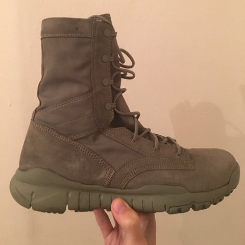 1fe93c0aff2124 Nike Special Field Boot Sage Very rare Imported from the but - Depop