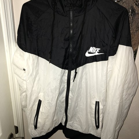 Men s thrifted vintage nike windbreaker jacket - im 5 10 and - Depop 9b96220ea
