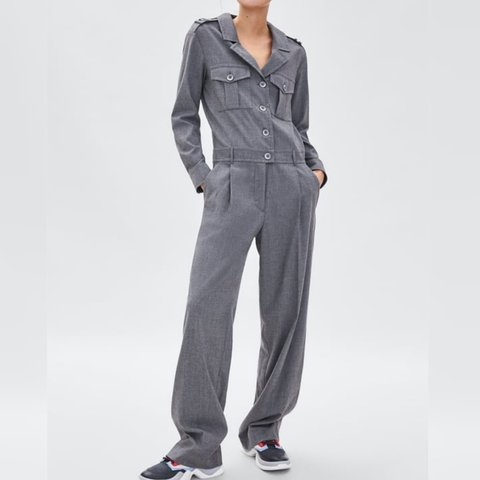 72f1cc51093 Zara grey long jumpsuit with pockets Size S Brand new with - Depop