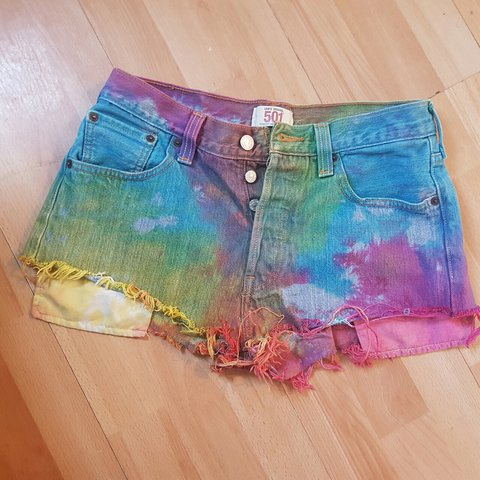 2e42e4d829 Levi tie-dye shorts. Originally from Urban Outfitters. for - Depop