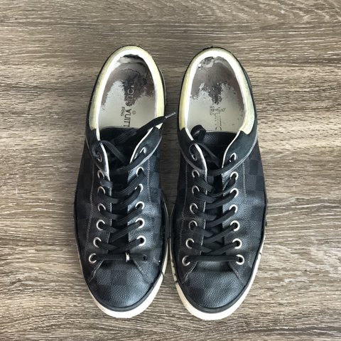 ccc1d448dcaa Louis Vuitton sneakers Men s size 8 Very Used    vuitton - Depop