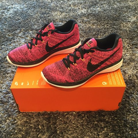 ea36c8cbbe79 New Nike wmns flyknit lunar 3 running  training  gym shoe