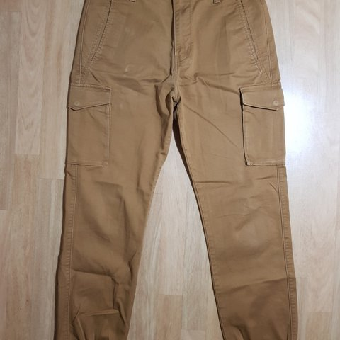 c503ef8c AMAZING LEVIS CARGO TROUSERS, very good conditions, no W32 - Depop