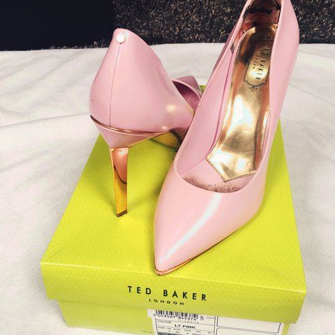 12792453c8e1 Ted baker baby pink and rose gold heels