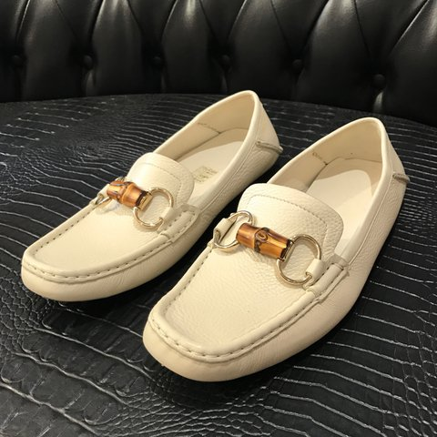4179462562b0 Off white leather Gucci loafers with bamboo horse bit 🍂 new - Depop