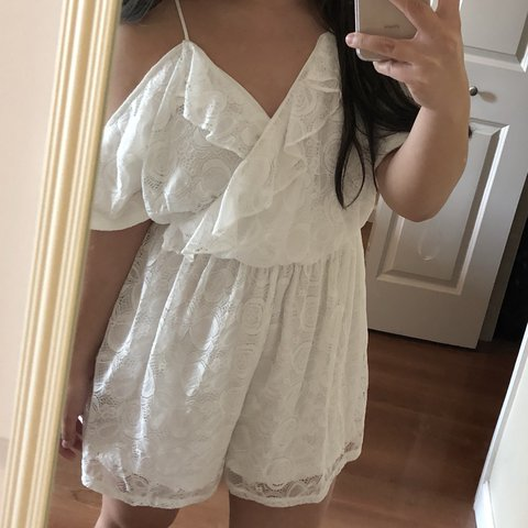 fbe86cf0f5c Gorgeous white lace cold-shoulder romper from Francesca s! a - Depop