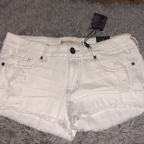 a283146371 @xograce. 11 months ago. Silver Spring, United States. NWT #Distressed  white denim shorts from #pacsun