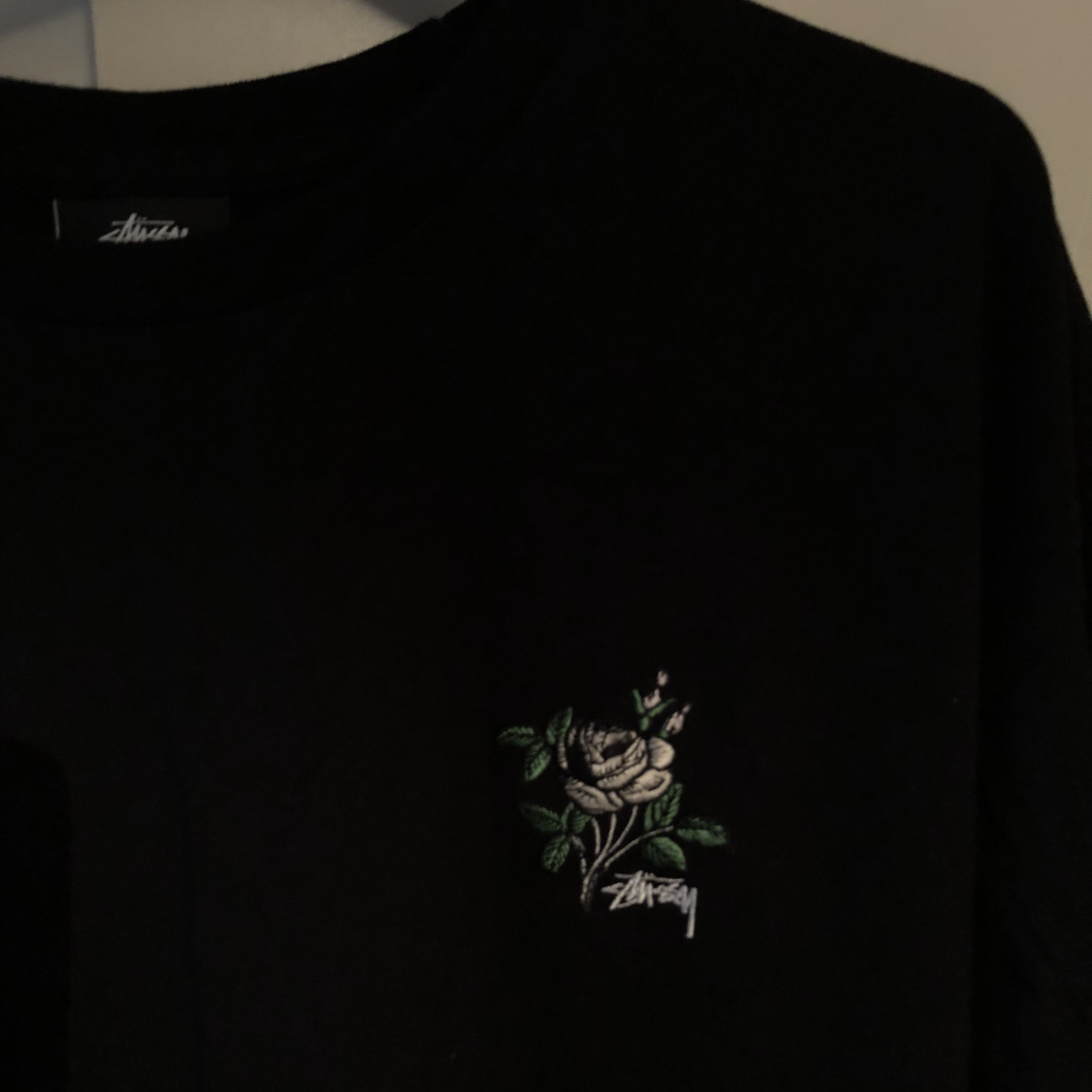 5fc5d4365 @kerrenm. 7 months ago. Leven, United Kingdom. STUSSY BLACK ROSE GRAPHIC  TEE Size: XL NEVER WORN