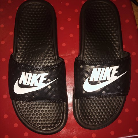 3444bc3d21e0 Nike Sliders Black Slides UK 4.5 Would fit a 5 Good £12 - Depop