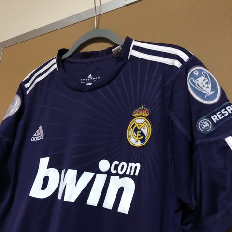 7a5084b06 Authentic 2010 11 Adidas Real Madrid 3rd Champions League - Depop